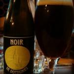 """""""Noir de Dottignie"""" (Bière brune élaborée à partir de 6 malts torréfiés, Restobières, Bruxelles"""
