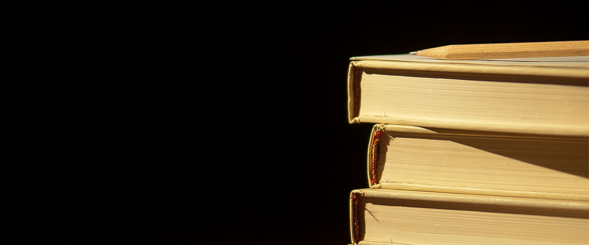 """Books"" by Chris en cc sur Flickr : https://www.flickr.com/photos/shutterhacks/4474421855"
